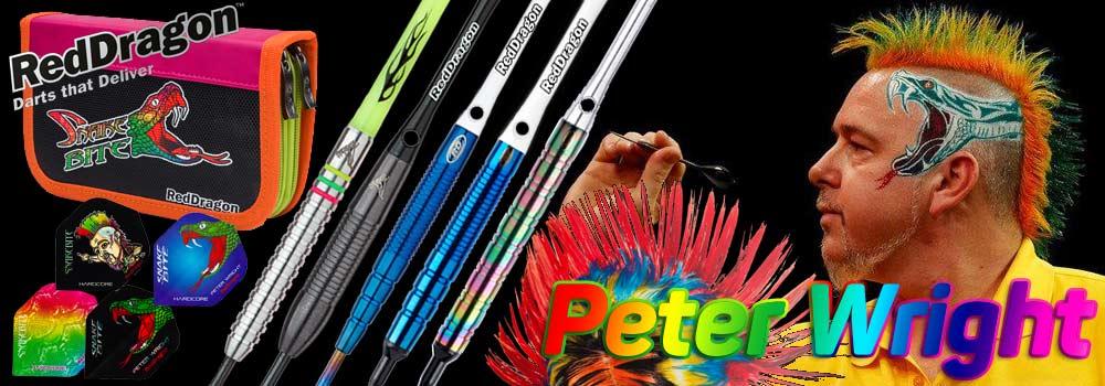 La serie Peter Wright: freccette, alette, astuccio ...e parrucca!
